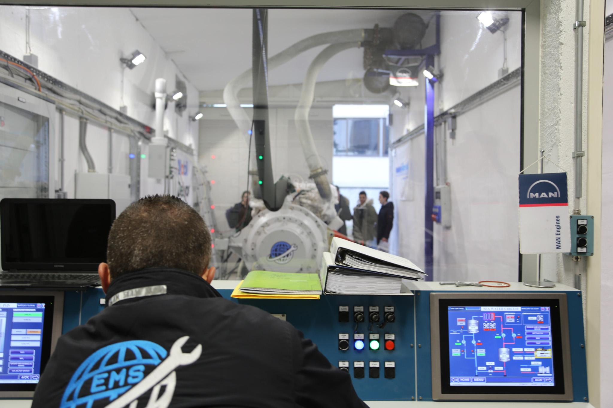 banc d u2019essai moteurs    test bench  u2013 engine marine services